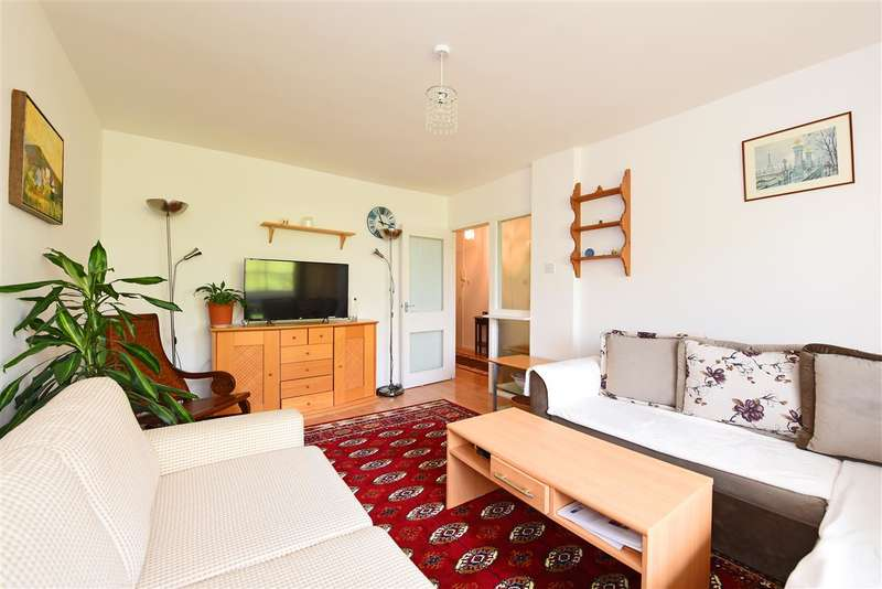 1 Bedroom Apartment Flat for sale in Somborne House, Fontley Way, London