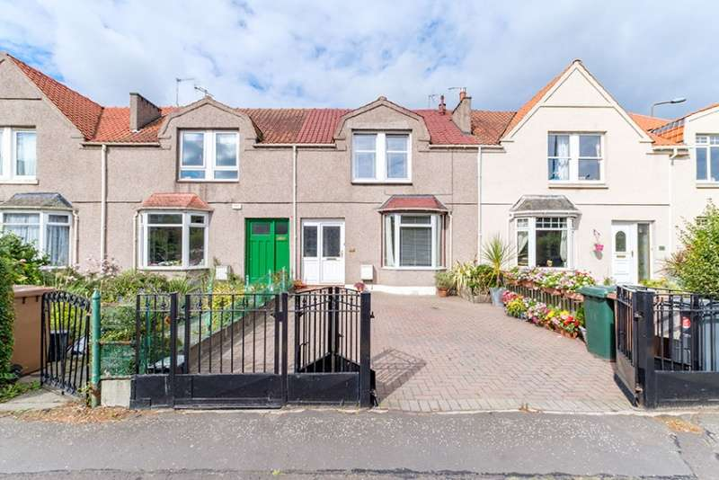 3 Bedrooms Terraced House for sale in Granton Road, Trinity, Edinburgh, EH5 3RG