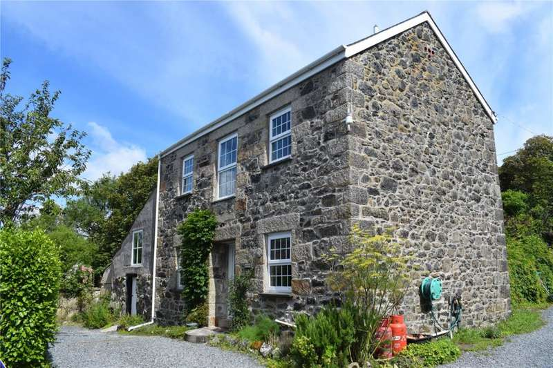 3 Bedrooms Detached House for sale in Gwenter, Coverack, Helston