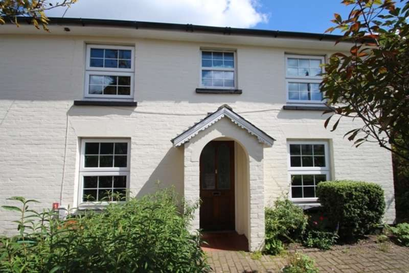 3 Bedrooms Detached House for sale in POKESDOWN