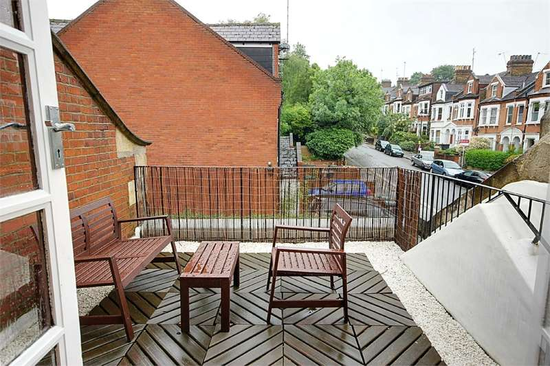1 Bedroom Flat for sale in Mayfield Road, Crouch End, London
