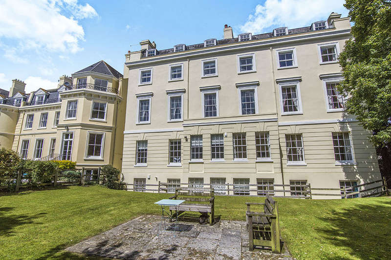 1 Bedroom Flat for sale in Nelson Gardens, Plymouth, PL1