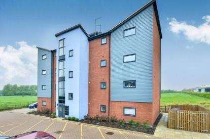 2 Bedrooms Flat for sale in Abells Close, Walton, Milton Keynes