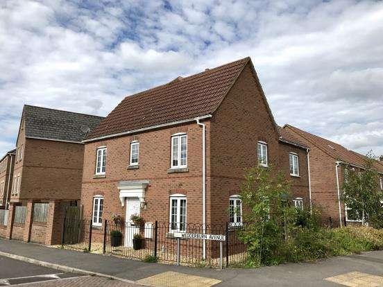 3 Bedrooms Semi Detached House for sale in Beggarwood, Basingstoke, Hampshire