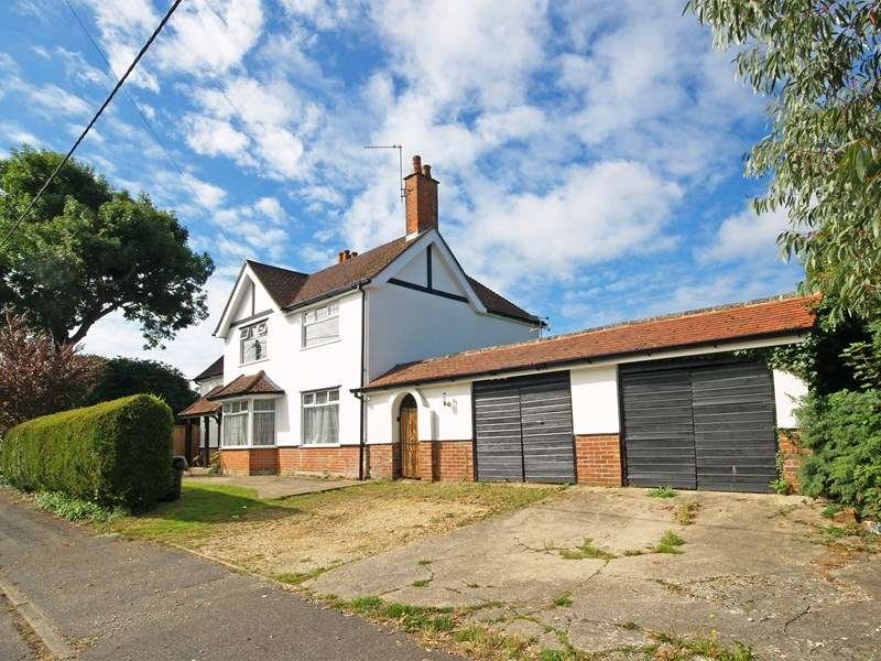 4 Bedrooms Detached House for sale in Litchford Road, New Milton