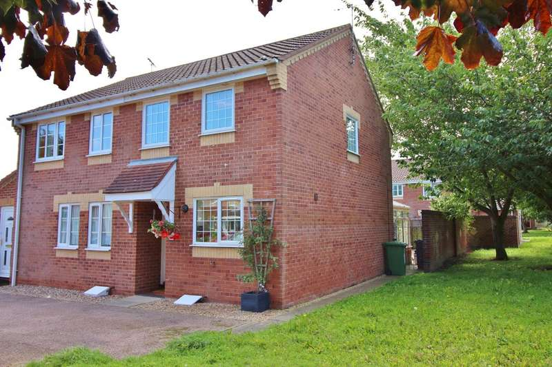 2 Bedrooms Semi Detached House for sale in Wharton Drive, North Walsham