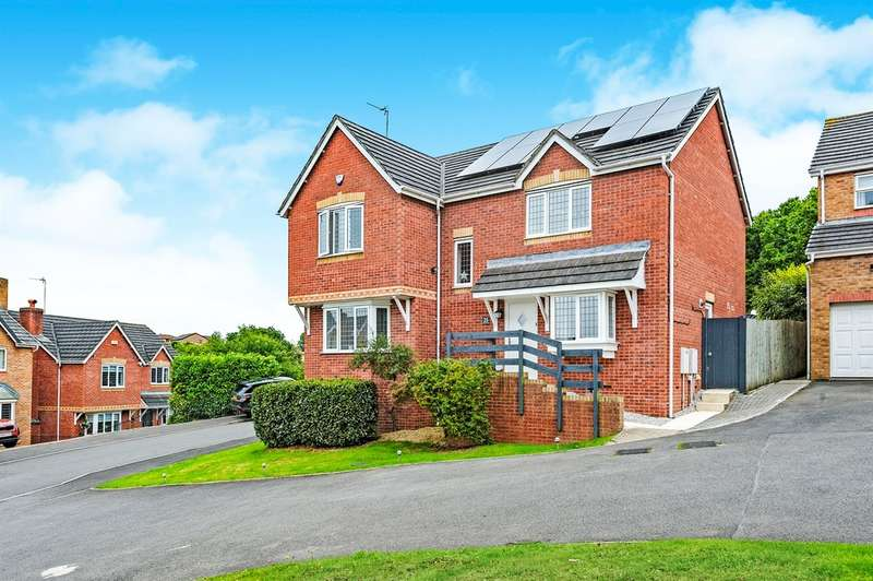4 Bedrooms Detached House for sale in Cudd Y Coed, Barry