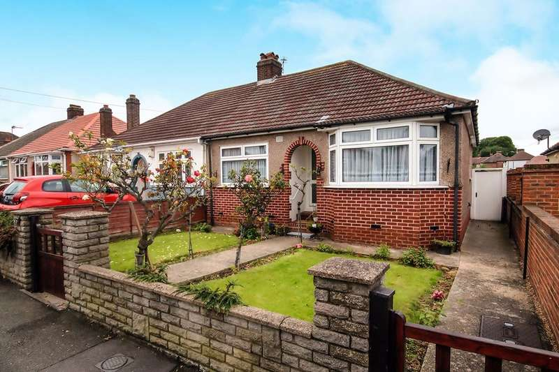 3 Bedrooms Semi Detached Bungalow for sale in Francis Avenue, Bexleyheath, DA7