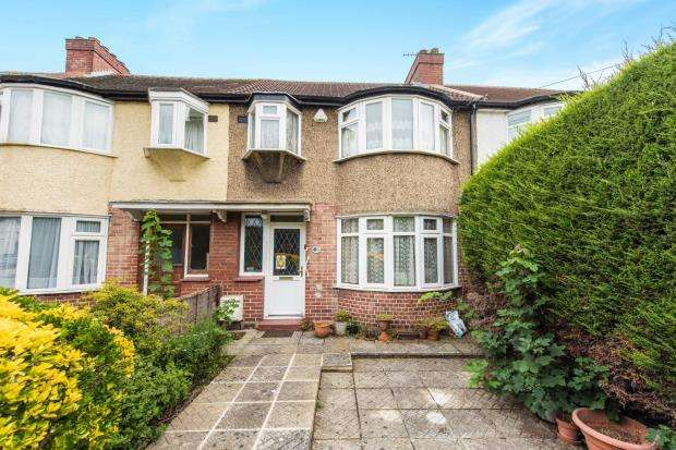 3 Bedrooms Terraced House for sale in New Malden, Surrey, England
