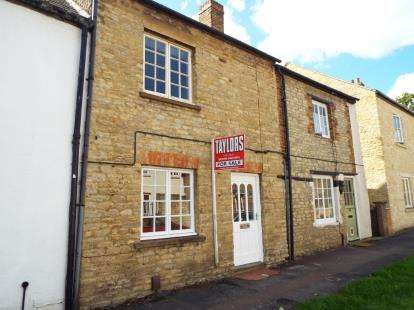 2 Bedrooms Terraced House for sale in Chapel Street, Bicester, Oxfordshire