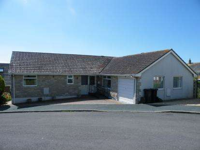 3 Bedrooms Bungalow for sale in Weymouth, Dorset