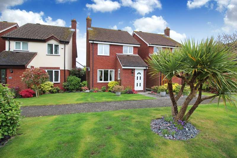 3 Bedrooms Detached House for sale in Comptons Lane, Horsham