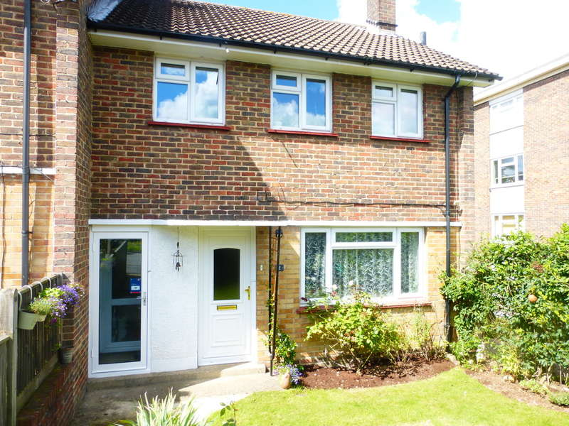 3 Bedrooms End Of Terrace House for sale in Tilford Avenue, New Addington, Croydon, CR0