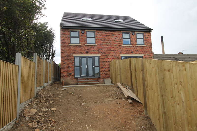 3 Bedrooms Semi Detached House for sale in 4B Ketton Walk, Gawber, Barnsley