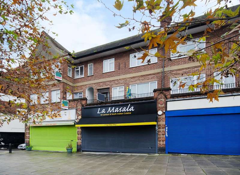 2 Bedrooms Flat for sale in Alexandra Avenue, Rayners Lane, HA2