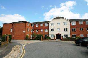 1 Bedroom Retirement Property for sale in Alexandra Court, 14 St. Peters Close, Hove, East Sussex