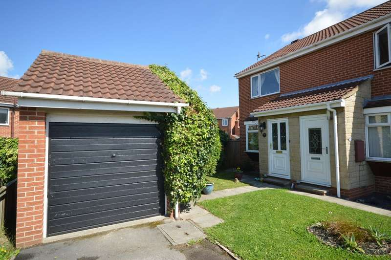 2 Bedrooms Semi Detached House for sale in Canal Lane, Stanley, Wakefield