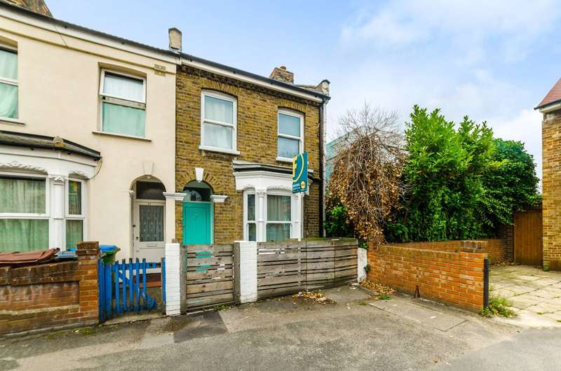 3 Bedrooms End Of Terrace House for sale in Amethyst Road, Stratford, E15
