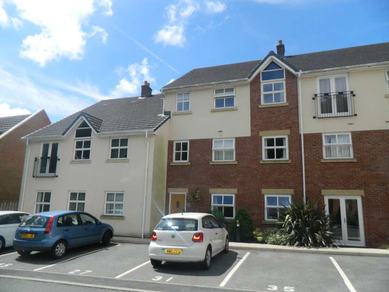 1 Bedroom Apartment Flat for sale in Clarendon Gardens, Bromley Cross, Bolton, BL7