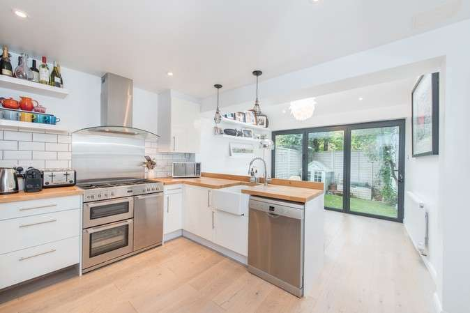 3 Bedrooms End Of Terrace House for sale in Waldeck Road, Chiswick