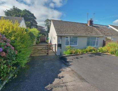 2 Bedrooms Bungalow for sale in Truro, Cornwall, Uk