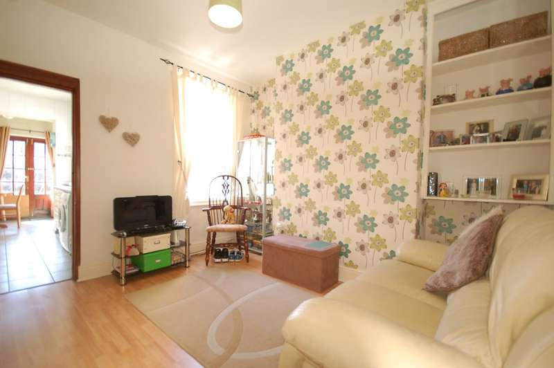 2 Bedrooms Terraced House for sale in Lodore Road, Blackpool