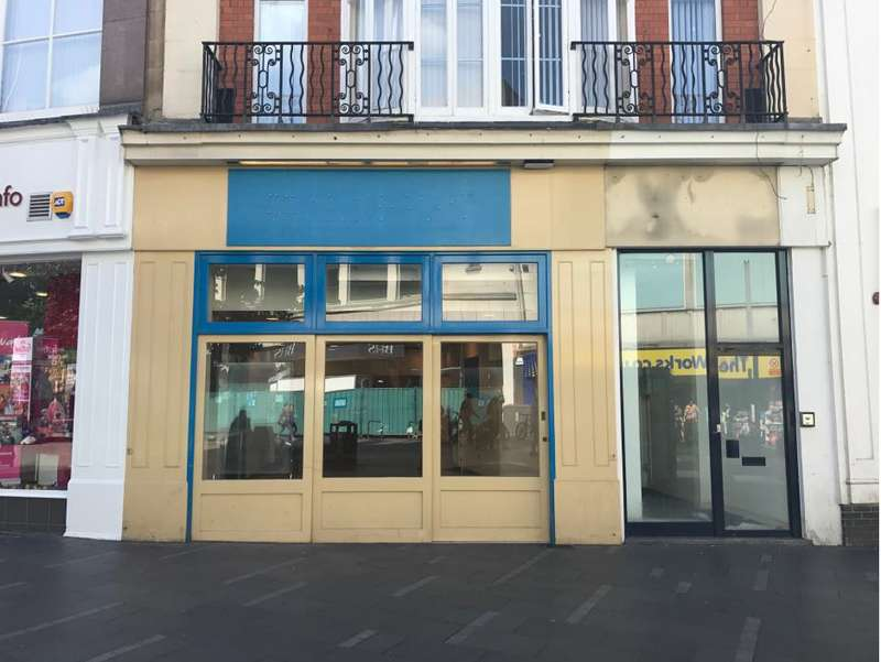 Shop Commercial for rent in 49 GALLOWTREE GATE, Leicester