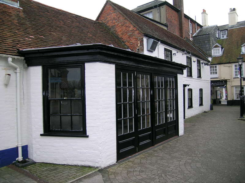 Restaurant Commercial for rent in LYMINGTON, Hampshire