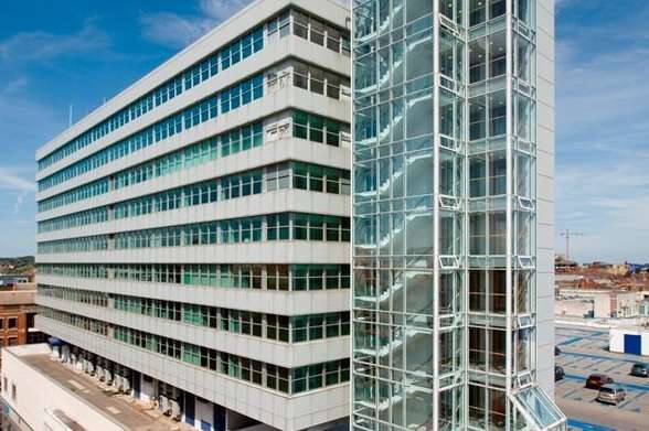 Office Commercial for rent in FOUNTAIN HOUSE,BROAD STREET MALL,READING,RG1 7QF, Broad Street Mall, Reading