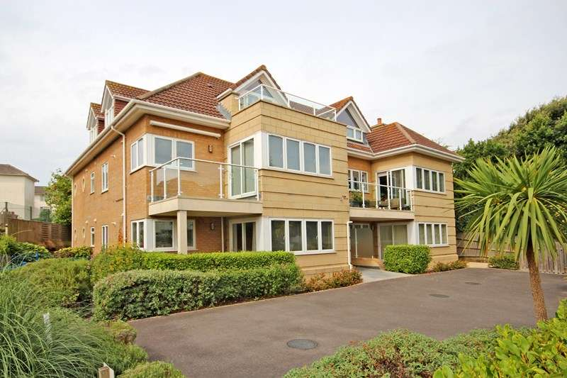 2 Bedrooms Apartment Flat for sale in Montague Road, Bournemouth