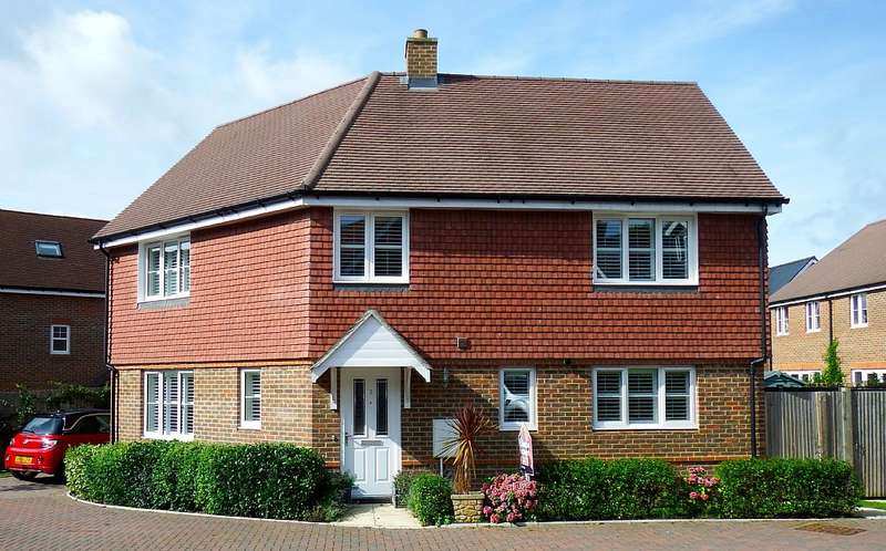 4 Bedrooms Detached House for sale in 7, Cobham Field, Five Ash Down, Uckfield, East Sussex, TN22 3FE
