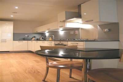 1 Bedroom Flat for rent in Ingram Street, MERCHANT CITY