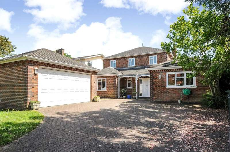 4 Bedrooms Detached House for sale in Kingsway, Craigweil, Aldwick, West Sussex, PO21