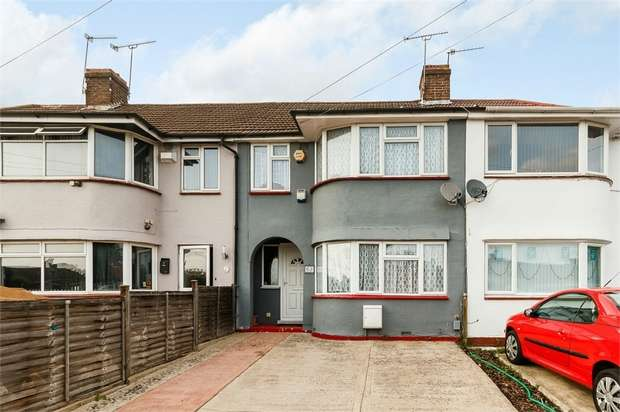 3 Bedrooms Terraced House for sale in Cumberland Avenue, Slough, Berkshire