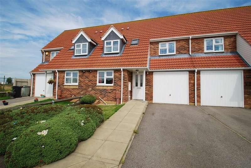3 Bedrooms Terraced House for sale in Hares Close, Ingoldmells, Skegness