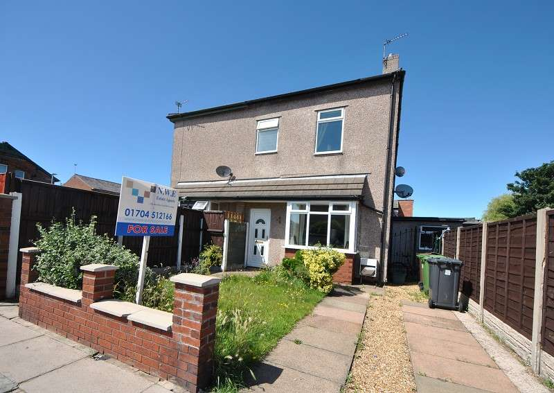 2 Bedrooms Semi Detached House for sale in Devonshire Road, Southport, PR9 7BZ