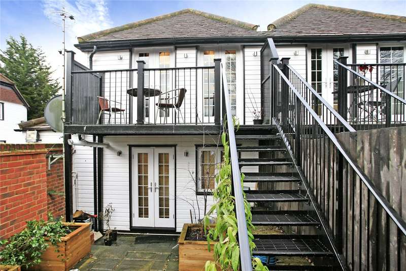 2 Bedrooms Flat for sale in Ray Mill Inn, Boulters Lock Island, Maidenhead, Berkshire, SL6