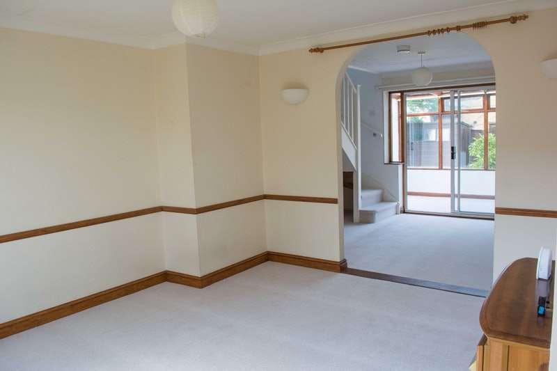 3 Bedrooms Semi Detached House for sale in Coles Road, Milton, Cambridgeshire, CB24