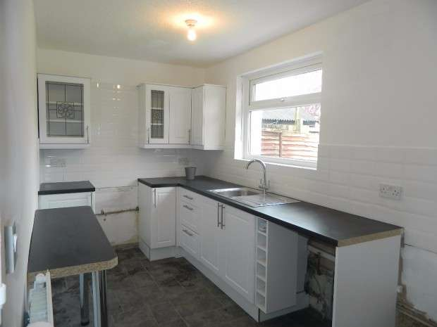 3 Bedrooms Semi Detached House for sale in Scarisbrick Drive, Liverpool, L11