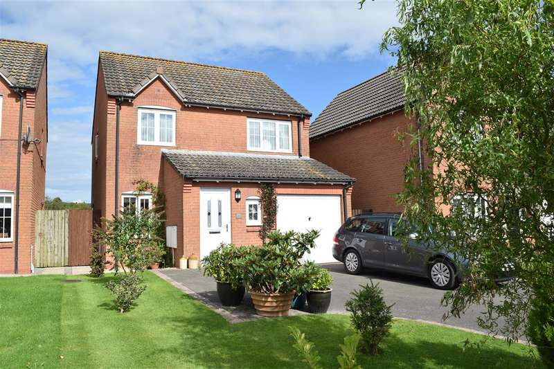 3 Bedrooms Detached House for sale in Fell View Close - Aspatria, Aspatria