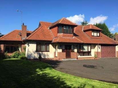 4 Bedrooms Detached House for sale in Western Way, Darras Hall, Ponteland, Northumberland, NE20