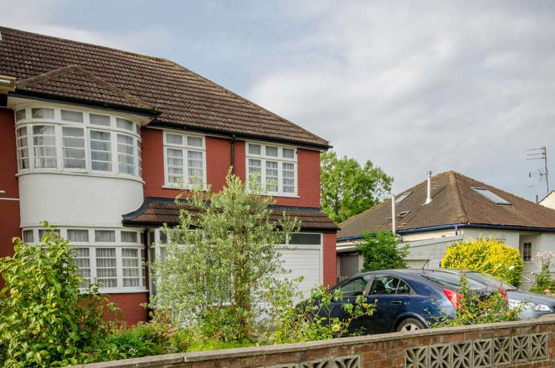 5 Bedrooms House for sale in Devonshire Road, Mill Hill East, NW7