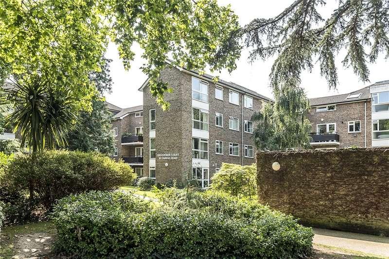 2 Bedrooms Flat for sale in Grosvenor Court, 161 Fairfax Road, Teddington, TW11