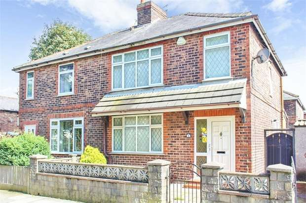 3 Bedrooms Semi Detached House for sale in Close Street, St Helens, Merseyside