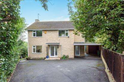 4 Bedrooms Detached House for sale in Haymes Drive, Cleeve Hill, Cheltenham, Gloucestershire