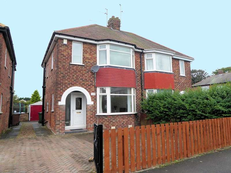 3 Bedrooms House for sale in Golf Links Road, HULL, HU6 8RD