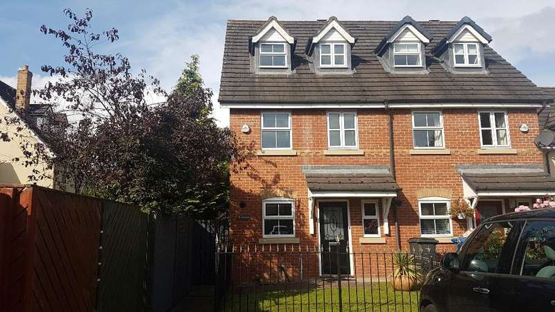 3 Bedrooms Semi Detached House for sale in Millbrook Close, Glazebury, Warrington, Cheshire, WA3 5LT