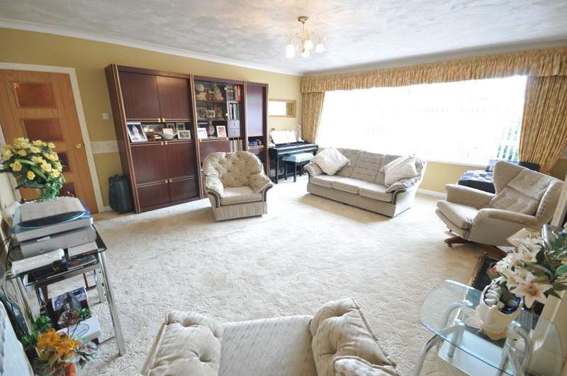 1 Bedroom Apartment Flat for sale in Silverburn, 193 St Annes Road East, St Annes, Lytham St Annes, Lancashire, FY8 3HQ