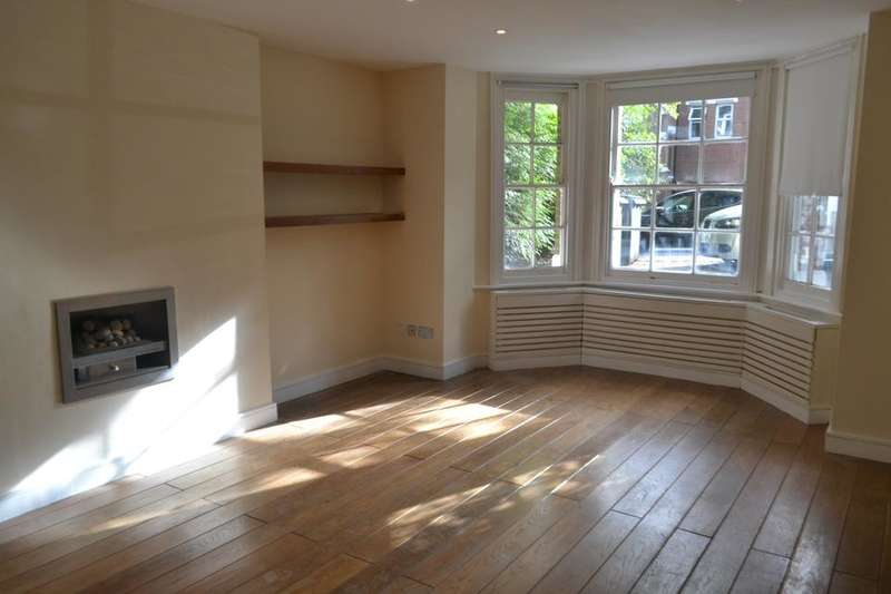 2 Bedrooms Flat for sale in Crystal Palace Park Road, London SE26