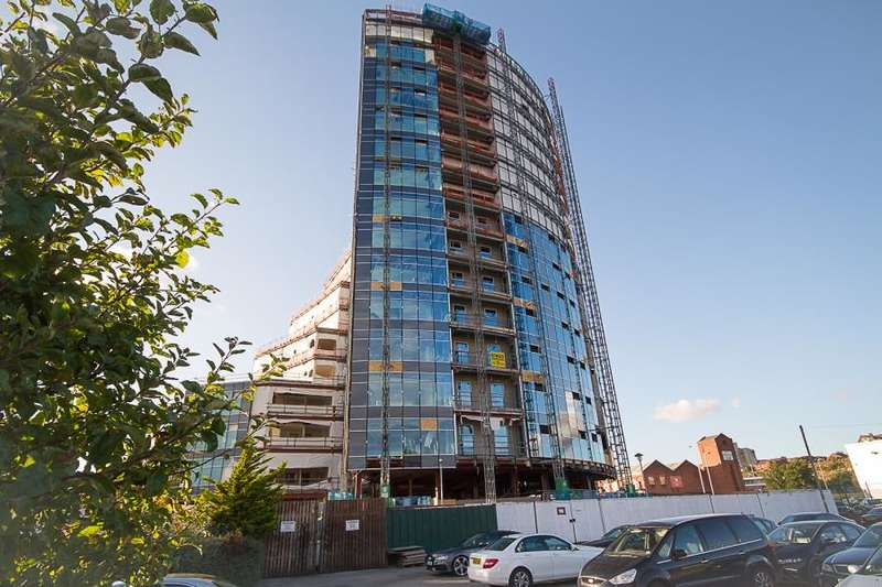 2 Bedrooms Apartment Flat for sale in Herculaneum Quay, Liverpool L3